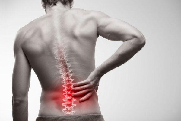 ¿Es bueno crujirse la espalda?